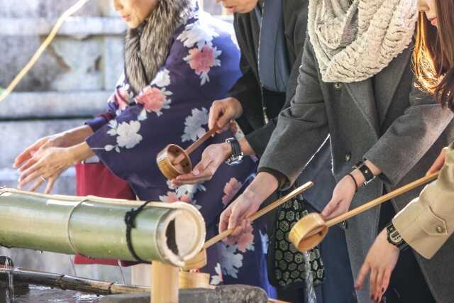 tahun baru di Jepang ! hatu moude