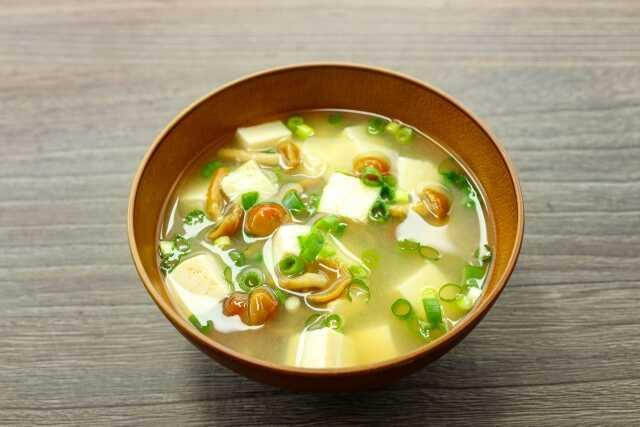 miso soup jamur